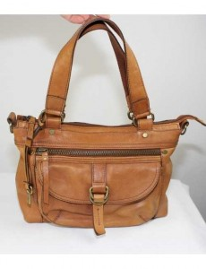 fossil-leather-shoulder-bag