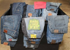 used clothing mens jeans